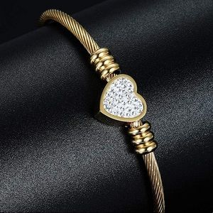 18K GOLD CABLE WIRE DIAMOND HEART BANGLE
